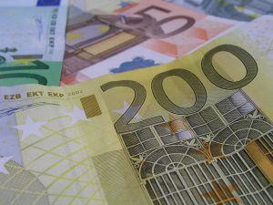 Kerro vippitarina ja voita 200 euroa Ferratumin kilpailusta